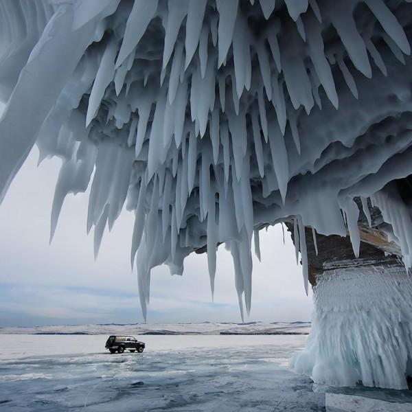 Baikal ice3